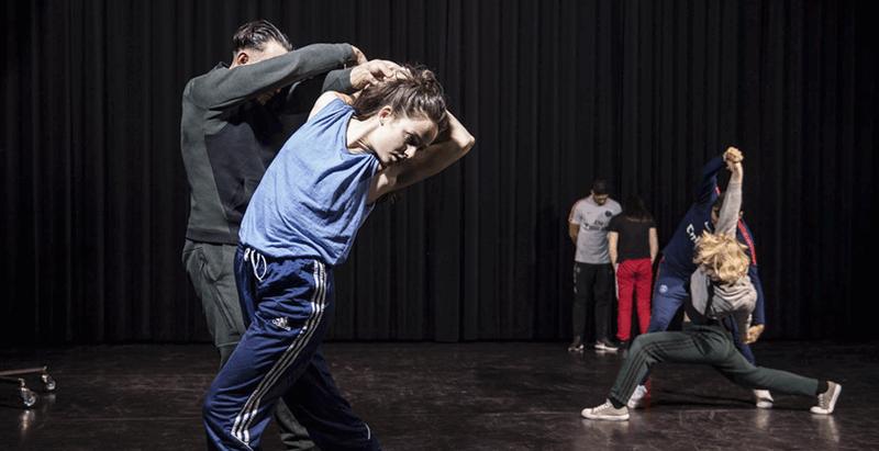 Dans met kwetsbare jongeren: vier vragen aan Corpo Máquina