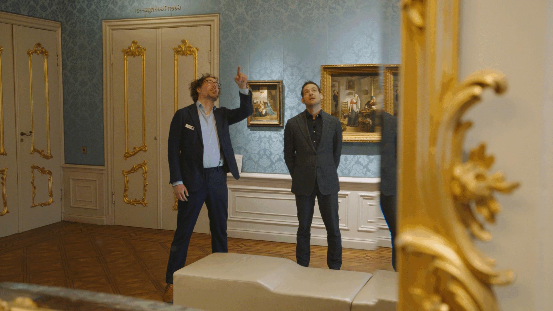 Rondleiding door het museum met Lucas de Man