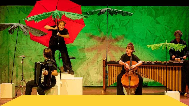 Speels kennismaken met klassieke muziek in een theaterjasje